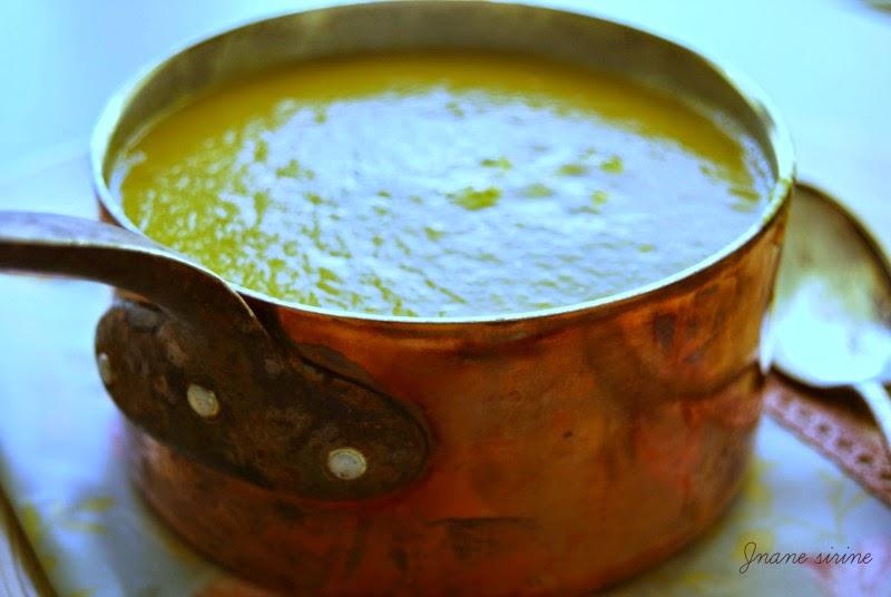 Soupe de potiron lentilles corail curry lait de coco - Soupe potiron lait de coco curry ...